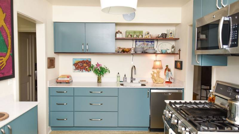 Old Metairie Kitchen Goes Remarkably Retro While Adding Space and Storage